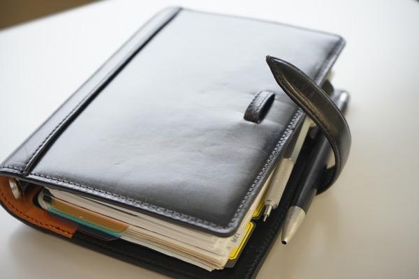 スケジュール管理に最適なのはデジタルか手書きか?
